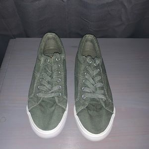 Rocket Dog Army Green Sneakers